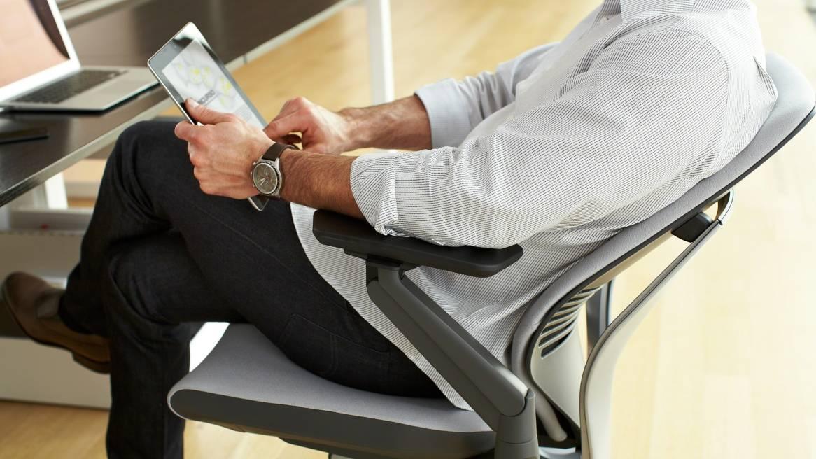 Desain Ergonomis Untuk Kursi Bekerja